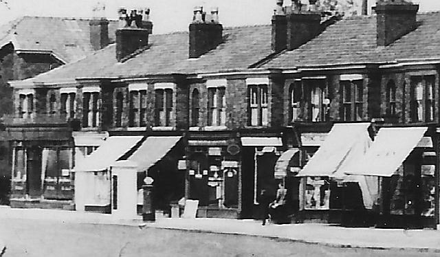 Edwardian Davonport Bureau Circa 1904 Cabinets Factory Direct Selling Price